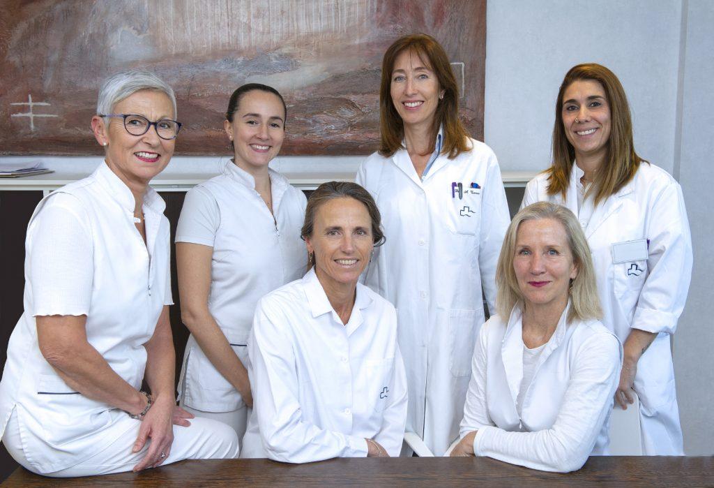 equipo equipo-consulta-centro-medico-teknon-instituto-dra-ana-torres-2